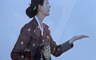 이상아, 한복 입고 리즈 미모 소환..50세 나이 믿기지 않아 : ZUM 뉴스